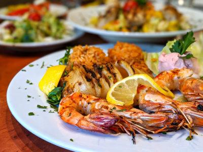 Fisch und Meeresfrüchte wie am Meer